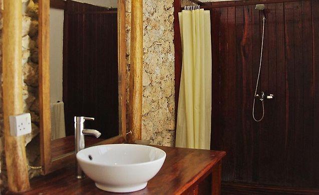 Tavolo Da Lavoro Per Zanzibar : Cristal resort and spa paje